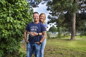 De äkta makarna Joakim och Jessica Östergren Lundkvist gör sin tredje svenska klassiker tillsammans.