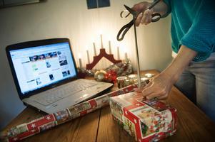 Allt fler väljer att julhandla på nätet.Foto: Mikael Andersson/TT