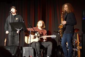Musiker från estetiska programmet var förband.