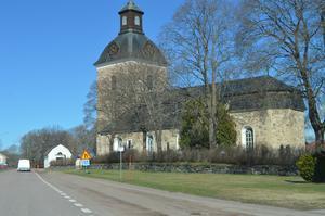 Landsvägen förbi Skedvi kyrka och bort mot Gustafshållet är en sträcka där många kör för fort.