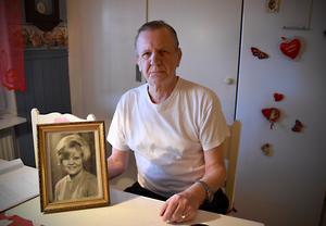 Sten-Olof von Wachenfeldt och hans fru Cherstin hade varit tillsammans i 38 år när hon gick bort i vintras.