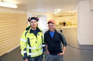 Lars Nilsson och Per Revelj startar verksamhet i gamla järnhandeln i Hede.