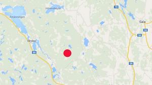 I det röda området strax söder om den lilla Öjesjön började branden i torsdags. Fläckesjön är den lite större sjön strax nordost om det röda området.