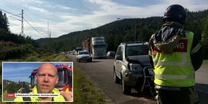 Olyckan skapade långa Köer på E4. Insatsledaren Jörgen Seijsing berättar om läget. Foto: Sandra Nordlund