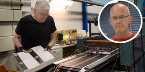Johnny Ericson och Per Stäring har båda arbetat mer än 25 år på tryckeriet i Korsnäs.
