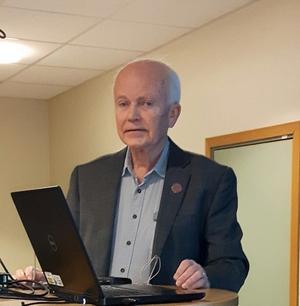 Staffan Yngve, professor emeritus i teoretisk fysik i Uppsala, föreläste om universum hos Bollnäs Senioruniversitet.