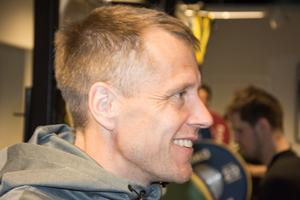 Modo Hockeys fysansvarige Joakim Bäckström.