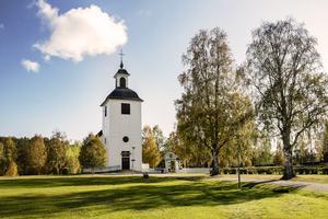 2013 gick stormen Ivar hårt åt Edsele kyrka. En stor del av fasaden på kyrktornet blåste bort och lämnade ett stort hål rakt in i tornet. Hålet reparerades snabbt därefter.