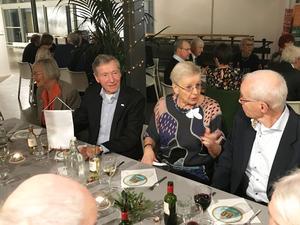 SPF Gavles ordförande Pirkko Jonsson i centrum. Foto: Hans Norlund