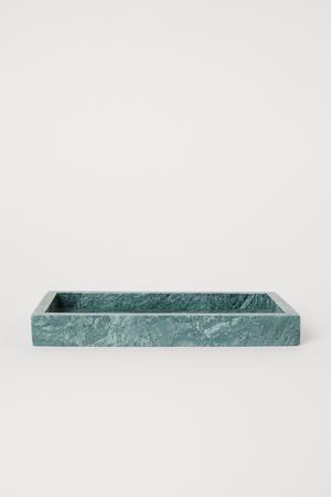 Bricka i mörkgrön marmor, 249 kronor på H&M Home.