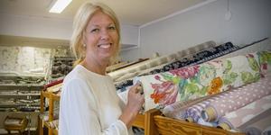 Helen Pilerud äger Arboga Gardinaffär och hon har märkt att det blivit lättare att komma i kontakt med rätt personer inom Arboga kommun.