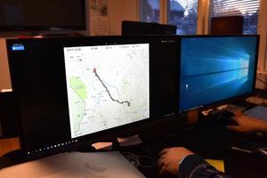 Henrik Olsson kunde följa hela färden från sin dator.