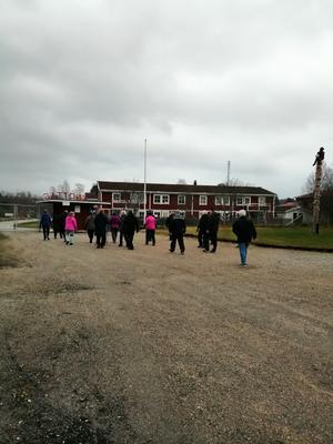 Isoleringen tär, därför fortsätter PRO Kilafors med sina måndagspromenader. Foto: Birgitta Boström