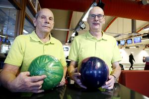 Ingvar Källström och Håkan Svensson från Östersunds veteranbowlingklubb höll i arrangemanget tillsammans med SPF Seniorerna.