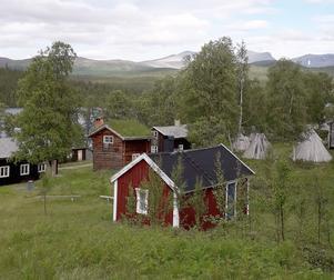 I Fatmomakke blev det en intressant guidning för medlemmarna i PRO Krokom. Foto: Gunnel Wejdeland
