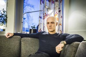 Oscar Thorén är en av de fyra poliser som nu på heltid kommer jobba mot narkotika i landskapet.