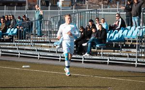 Arvid Slätis tycker att Rådmansö spelade jämnt mot BKV Norrtälje. Foto: Karl Bergsten