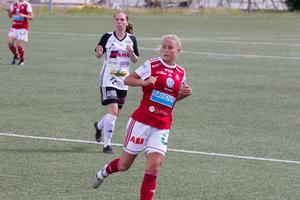Demi Pierre gjorde tre mål mot BK30.