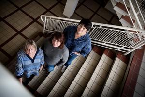 Från vänster i bild: Kristin Ceesay, Maja Svensson och Marie-Anne Wädel som alla är behandlare på öppenvårdsmottagningen Höjden i  Avesta.