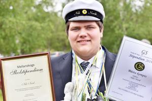 Nils Nordh är någon som ställer upp för andra, stöttar sina kamrater, är hjälpsam, ärlig och schysst och trevlig och social mot alla. Det är i varje fall vad hans klasskamrater tycker då han blev framröstad till klassens Bästa kompis.