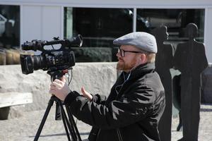 Hall Medias TV-reporter Pär Grännö följer alla framträdanden i Rutan under jubileumsveckan.