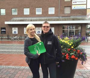 Till höger Elisabeth Svennblad, projektledare, och Johanna Vikar, kommunikatör, på WBAB.