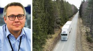 Euparlamentariker Johan Danielsson (S) skriver nya regler som ska stärka lastbilschaufförers rättigheter.