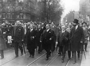 Action Française på marsch 1927.Foto: Agence de presse Meurisse