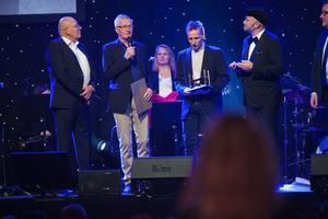 Jan Sundin, Mats Sundin och Jerker Sundin tog emot sin farfars hederspris.