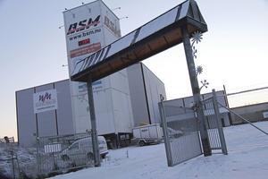 Borlängeföretaget BSM har sitt huvudkontor i Romme, väl synligt från riksväg 70.