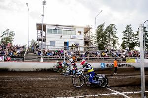 Masarna stod för säsongens bästa körning när de körde oavgjort mot Smederna.
