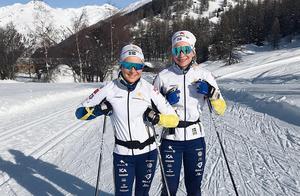 Moa Molander Kristiansen (till vänster) och Moa Olsson körde båda 10 km klassisk still i U23-VM på onsdagen. Kristiansen lyckades bäst och slutade  tia i loppet. Foto: Privat