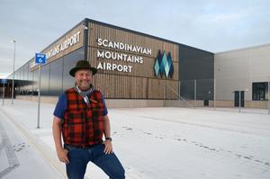 Känslan av att drömmen förverkligats är mycket stark hos Jonas Persson, nu när det är bara dagar kvar till första flygplanet landar.