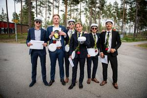 Olliver Thomasson, Andrè Henriksson, Jesper Brundin, Algot Landin, Tobias Bredberg och Obeid Rahim från handelsprogrammet.