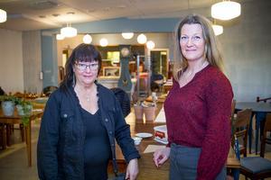 Nya restaurangchefen Eva Larsson tillsammans med Lillemor Edvinsson, konferensansvarig på Vårsta diakoni.