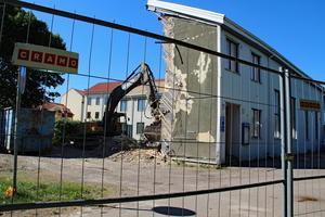 Frälsningsarméns före detta fastighet rivs och ersätts troligen så småningom med ett bostadshus, modell höghus.