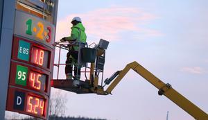 I samband med omskyltningen kom även de gamla skyltarna från tiden som Statoil 1-2-3-mack fram i dagsljuset.