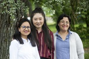Jyotsna Nanda, Zhiping Li och Lizbeth Peréz är alla tre medflyttare till Ludvika när deras män fått jobb på ABB.