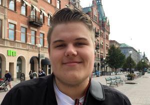 Fredrik Kjellin, 17 år, läser på restauranglinjen, Alnö