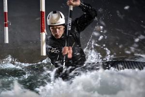 Isak Öhrström från Falun paddlade hem vinsten i Slovakien där han vann över både europamästaren Mateusz Polaczyk, och silvermedaljören Dariusz Popeila.