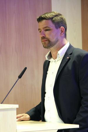 Skottlandsresan har orsakat kommunalrådet Markus Evensson (S), en del bryderier.