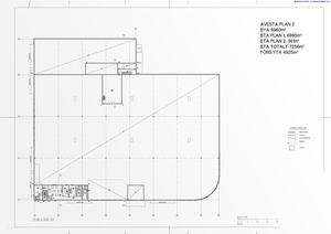 Våningsplan två med bland annat lunchrum, kontor och andra faciliteter för de anställda.