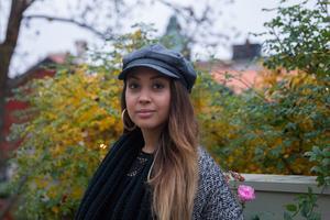Chasmin Marquez Karlsson arbetar mycket med Barncancerfonden och vill sprida kunskapen om hjärntrötthet och cancerbaksmälla.