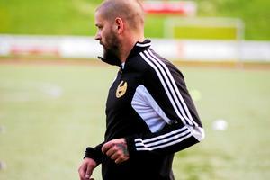 Robert Bosell gjorde comeback för Heby AIF. På sitt korta inhopp stod han för assisten till Sunday Bales ledningsmål.
