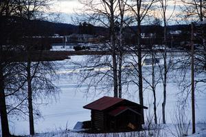 Det tänkta villaområdet vid Kyrktjärn har utsikt över sjön och mot centrala Alfta.