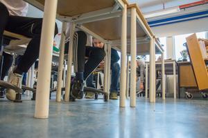 Skolor och förskolor behöver rustas upp i Östersund. Men det behövs nya också. Och en handfull förskolor bör avvecklas anser tjänstemännen. I dag ska skolpolitikerna diskutera en utredning som räknas som en av kommunens mest övergripande någonsin.