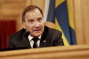 Stefan Löfven då riksdagens talman höll pressträff och föreslog honom som statsminister.
