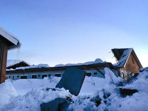 Taket rasade in under natten till söndagen.