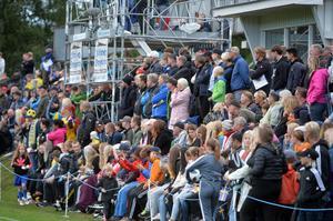 1524 personer samlades för att se Sverige mot Norge på Thulevallen.