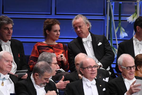 Sara Stridsberg och Klas Östergren har båda beviljats utträde ur Svenska Akademien. Vilka vill och vågar tacka ja till att ersätta dem? Arkivbild.Foto: Henrik Montgomery/TT